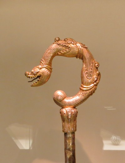 Dragon decorated stick from the collection of Museu Calouste Gulbenkian